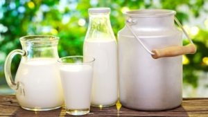myths-about-drinking-milk